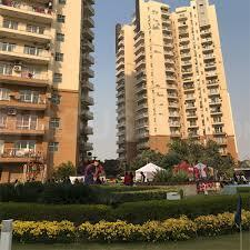 Gallery Cover Image of 2587 Sq.ft 3 BHK Apartment for rent in Sector 57 for 38000