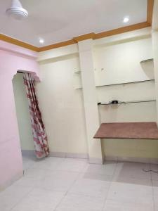 Gallery Cover Image of 500 Sq.ft 1 BHK Apartment for rent in Juhu Sangeeta Apartment, Khar Danda for 23000