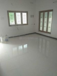 Gallery Cover Image of 1000 Sq.ft 2 BHK Apartment for rent in Chromepet for 2500