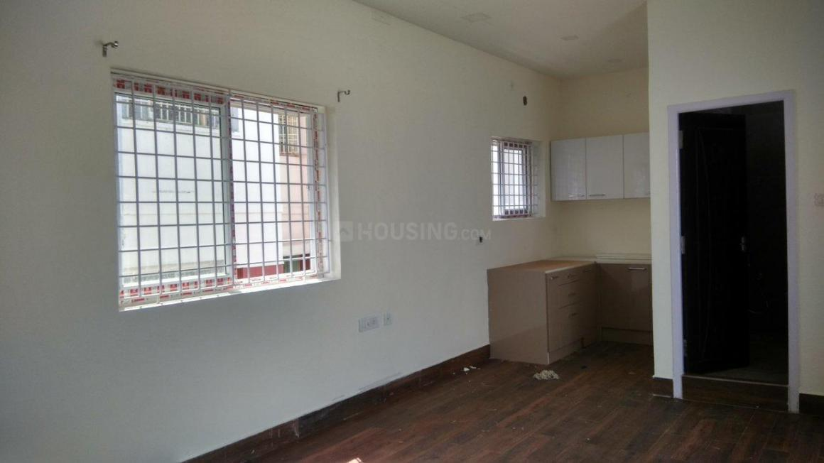 Living Room Image of 1400 Sq.ft 3 BHK Apartment for rent in Thoraipakkam for 30000