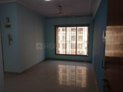 Gallery Cover Image of 575 Sq.ft 1 BHK Apartment for rent in Kandivali East for 19000