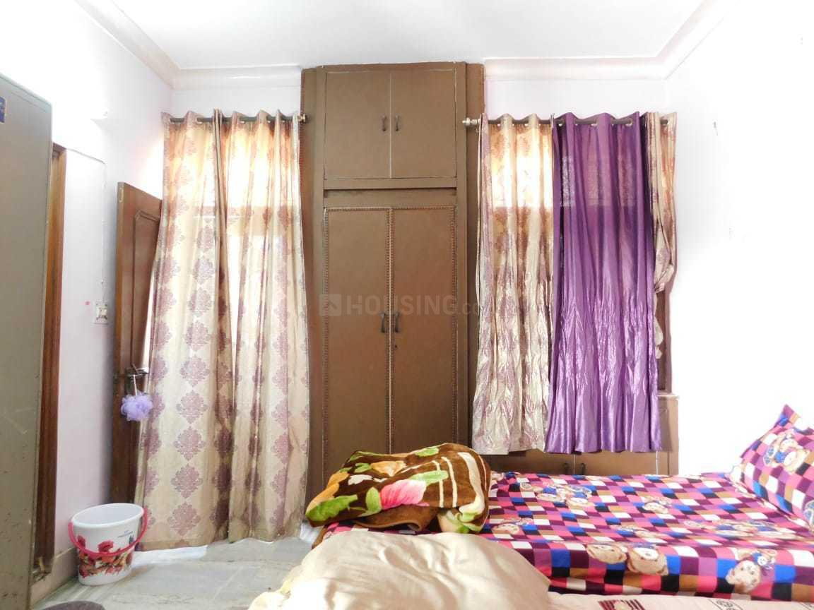 Bedroom Image of Sarita PG in Sector 15A