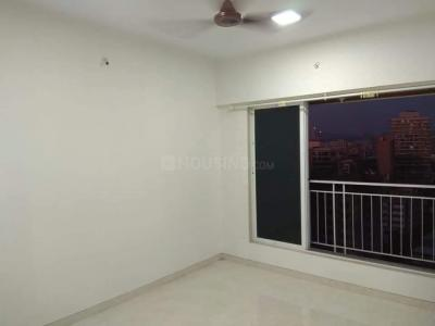 Gallery Cover Image of 500 Sq.ft 1 BHK Apartment for rent in Skylon Spaces, Kandivali West for 24000
