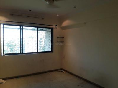 Gallery Cover Image of 625 Sq.ft 1 BHK Apartment for rent in Malad West for 26000