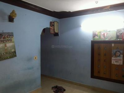 Gallery Cover Image of 550 Sq.ft 1 BHK Apartment for rent in Valasaravakkam for 6000