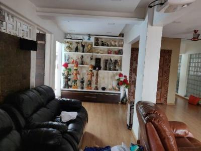 Gallery Cover Image of 1500 Sq.ft 4 BHK Apartment for rent in Chembur for 80000
