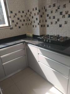 Gallery Cover Image of 1056 Sq.ft 2 BHK Apartment for buy in Khokhra for 2789000