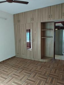 Gallery Cover Image of 1500 Sq.ft 3 BHK Apartment for rent in T Nagar for 35000