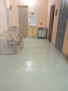 Gallery Cover Image of 500 Sq.ft 1 BHK Independent Floor for rent in Jadavpur for 7500