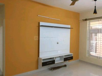Gallery Cover Image of 1480 Sq.ft 3 BHK Apartment for rent in Jyotipuram for 25000