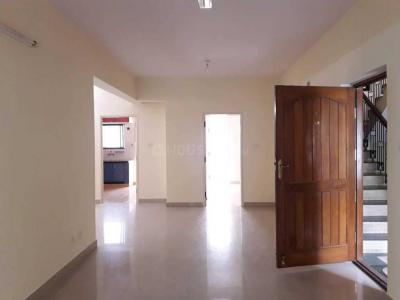 Gallery Cover Image of 1400 Sq.ft 3 BHK Apartment for rent in Cox Town for 26000