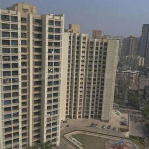 Gallery Cover Image of 650 Sq.ft 1 BHK Apartment for rent in Runwal Runwal Pearl, Thane West for 18000