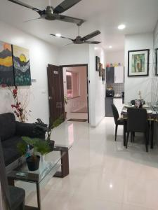Gallery Cover Image of 550 Sq.ft 1 BHK Apartment for buy in Sanskruti Meander Wing A, Wagholi for 2600000