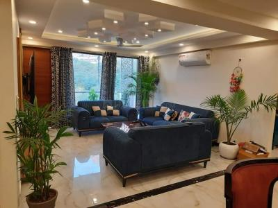 Gallery Cover Image of 3600 Sq.ft 4 BHK Independent Floor for rent in Sector 52 for 70000