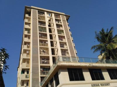 Gallery Cover Image of 600 Sq.ft 1 BHK Apartment for rent in Kandivali East for 26500