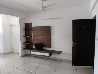 Gallery Cover Image of 1300 Sq.ft 2 BHK Apartment for buy in VARS Splendid, Mahadevapura for 7300000