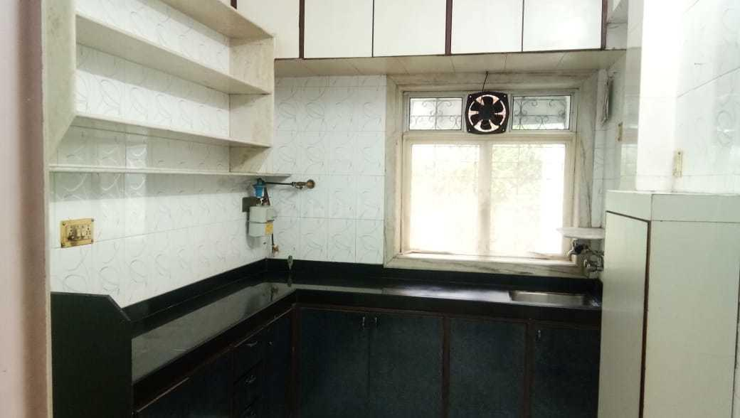 Kitchen Image of 600 Sq.ft 1 BHK Apartment for rent in Borivali West for 17000