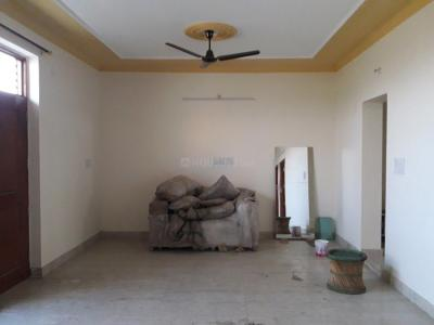 Gallery Cover Image of 850 Sq.ft 2 BHK Independent Floor for rent in 575, Sector 5 for 21000