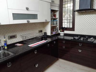 Gallery Cover Image of 2700 Sq.ft 3 BHK Independent Floor for rent in East Of Kailash for 75000