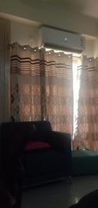 Gallery Cover Image of 445 Sq.ft 1 BHK Apartment for rent in Supertech Ecociti, Sector 137 for 10500