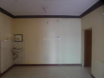 Gallery Cover Image of 900 Sq.ft 3 BHK Apartment for rent in Velachery for 16000
