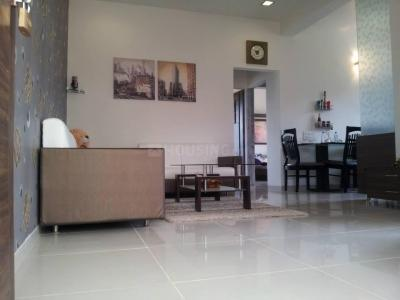 Gallery Cover Image of 789 Sq.ft 2 BHK Apartment for buy in Malad West for 15100000