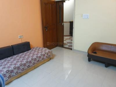 Gallery Cover Image of 600 Sq.ft 1 BHK Apartment for rent in Bhoomi Classic Housing, Malad West for 30000
