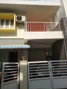 Gallery Cover Image of 1800 Sq.ft 3 BHK Independent House for rent in Selaiyur for 15000