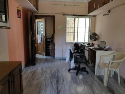Gallery Cover Image of 960 Sq.ft 2 BHK Apartment for rent in Juhu for 60000