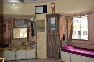 Bedroom Image of Integrated Services PG in Borivali West