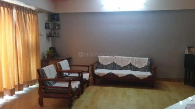 Gallery Cover Image of 1400 Sq.ft 3 BHK Apartment for rent in Kondhwa for 25000