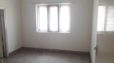 Gallery Cover Image of 1340 Sq.ft 2 BHK Apartment for rent in Murugeshpalya for 38000