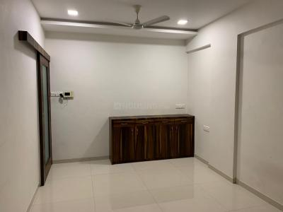 Gallery Cover Image of 1100 Sq.ft 2 BHK Apartment for buy in Bandra East for 40000000