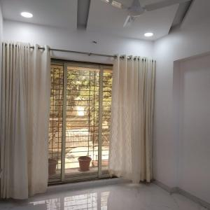 Gallery Cover Image of 1341 Sq.ft 2 BHK Apartment for buy in Mira Road East for 10100000