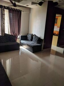 Gallery Cover Image of 1268 Sq.ft 3 BHK Apartment for buy in Neelkanth Palms, Thane West for 17500000