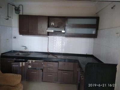 Gallery Cover Image of 2400 Sq.ft 4 BHK Apartment for rent in Kondhwa for 30000