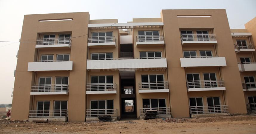 Building Image of 1045 Sq.ft 2 BHK Apartment for rent in Sector 76 for 10000