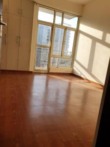Gallery Cover Image of 1395 Sq.ft 3 BHK Apartment for rent in Exotica Eastern Court, Crossings Republik for 11000