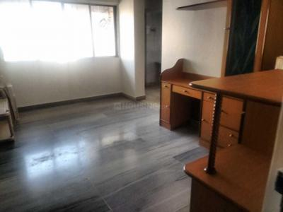 Gallery Cover Image of 430 Sq.ft 1 BHK Apartment for rent in Borivali East for 17500