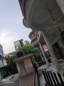Gallery Cover Image of 1100 Sq.ft 4 BHK Independent Floor for buy in Hatkeshwar for 22000000