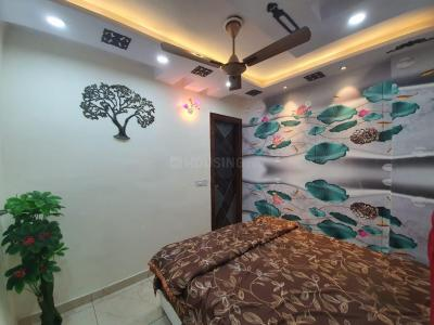 Gallery Cover Image of 720 Sq.ft 3 BHK Apartment for buy in Dwarka Mor for 3800000