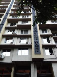Gallery Cover Image of 1860 Sq.ft 3 BHK Apartment for rent in Santacruz West for 135000