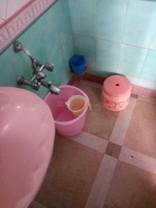 Bathroom Image of PG 4040749 Kamathipura in Kamathipura