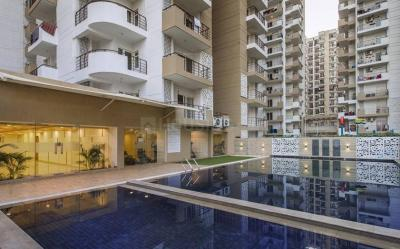 Gallery Cover Image of 1695 Sq.ft 3 BHK Apartment for buy in Express Zenith, Sector 77 for 8814000