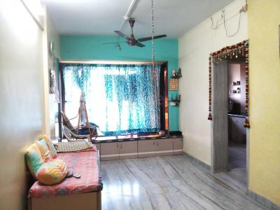 Gallery Cover Image of 1050 Sq.ft 2 BHK Apartment for buy in Kalyan West for 5000000