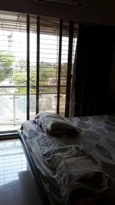 Gallery Cover Image of 1610 Sq.ft 3 BHK Apartment for rent in Santacruz West for 95000