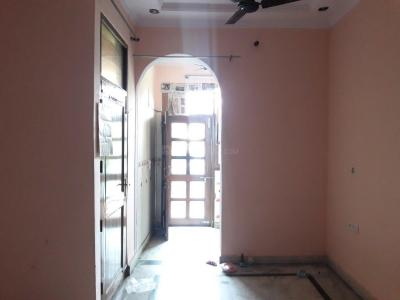 Gallery Cover Image of 756 Sq.ft 2 BHK Independent Floor for rent in Mukherjee Nagar for 20000
