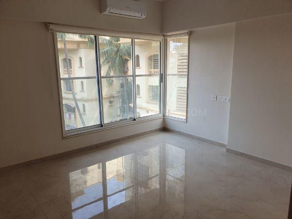 Bedroom Image of 900 Sq.ft 3 BHK Apartment for rent in Juhu for 90000