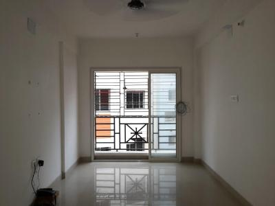 Gallery Cover Image of 836 Sq.ft 2 BHK Apartment for rent in Narendrapur for 10000