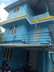 Gallery Cover Image of 1200 Sq.ft 3 BHK Independent House for buy in Vennala for 5800000
